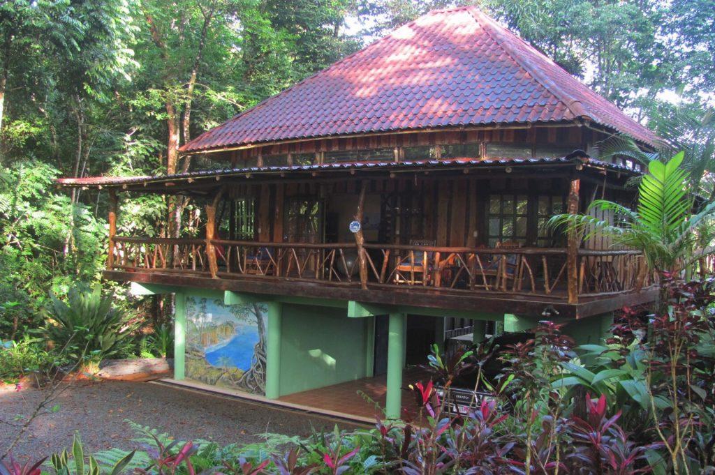 SRS-CR-Jungle-House-Retreat1